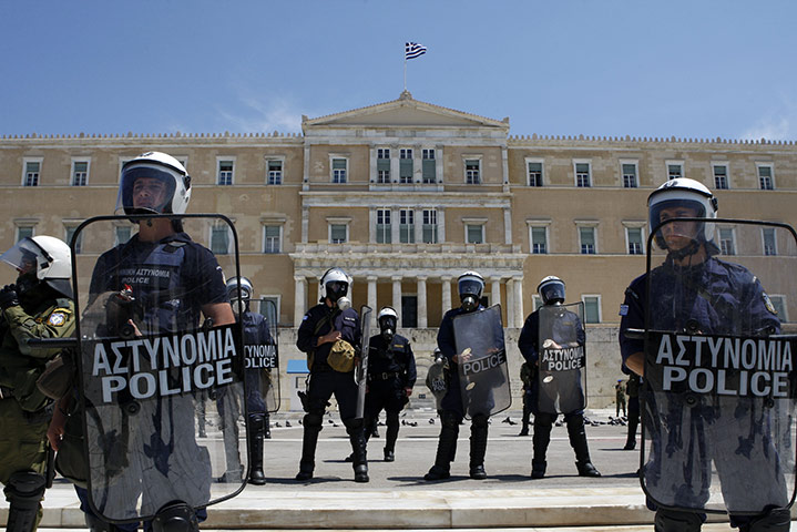riot-police-stand-outside-027